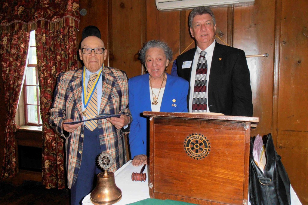Wendell (far left) receiving a Paul Harris Fellow in 2014.